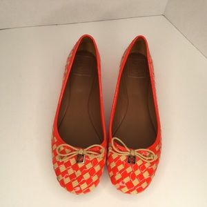 Tory Burch woven colourful flats.